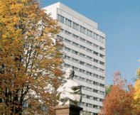 Wicker-Klinik / Wirbelsäulenklinik